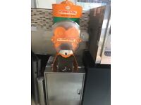 Commercial Orange juice machine/ squeezer