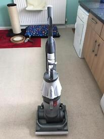 Dyson Root Cyclone 8 DC07 HEPA Vacuum Cleaner (Spares & Repairs) (READ DESCRIPTION)