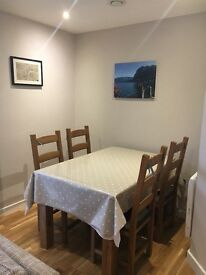 Newly refurbished 2 bed 2 bath ground floor flat in centre of St Margarets for rent. No agent fees