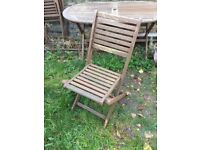 Free garden table and 6x chairs