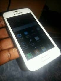 Samsung Galaxy Trend 2 Lite. 4gb. WIFI.CHARGER.NEW.BOXED.On O2.