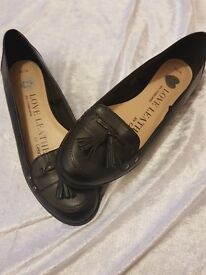 Leather loafers size 5