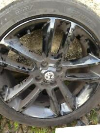2 Tyres and 4 Alloys.