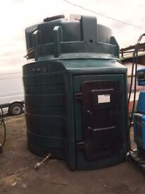 5000 litres plastic bunded tank Very good condition with no leaks etc Ready