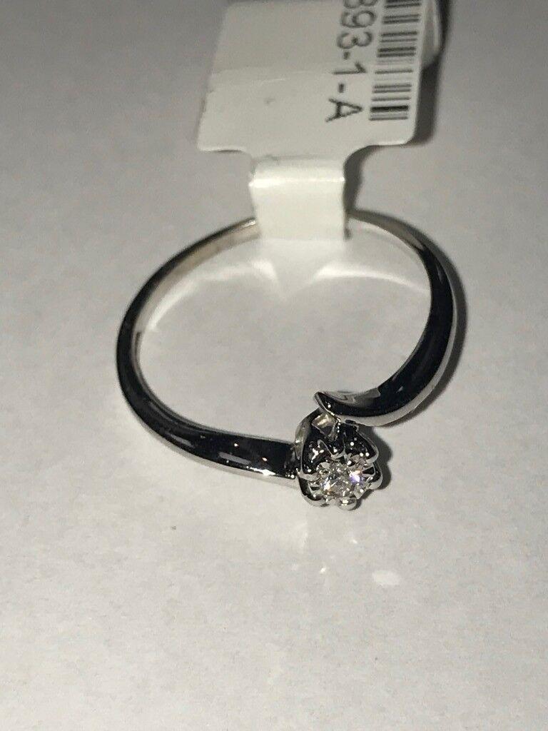9ct White Gold Diamond Ring (fully hallmarked)