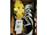 Football boots men size 11 New with tags * REDUCED *
