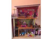 Kidikraft dolls house