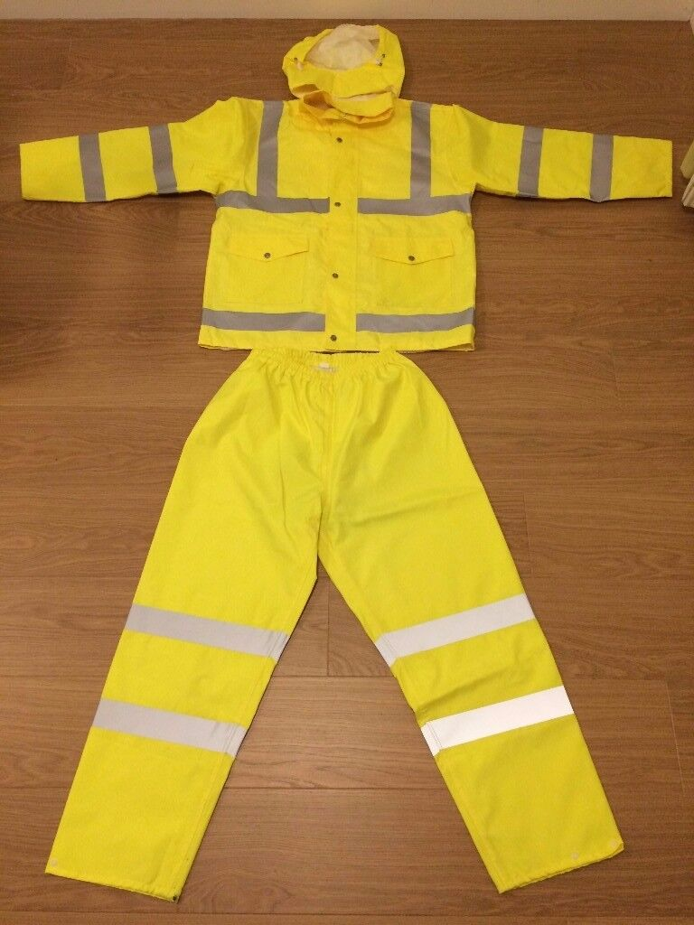 High visibility workwear 99% new