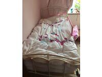 Cast iron single bed ( not mattress )