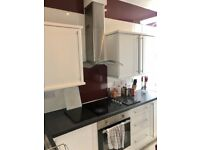 Stunning Room To Let ,All Inclusive of Bills Available Now, (Newington/Meadows Area)