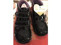 Kicker girls boots black patent
