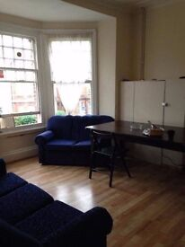B DOUBLE ROOM 3'FROM WILLESDEN GREEN STATION