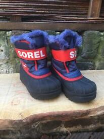 Sorel Childrens snow boots UK7 (Euro 25) great condition