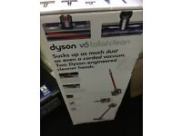Bnib dyson v6 total clean Rrp £369