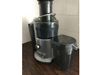 Juice extractor - Anthony Warral Thompson Breville