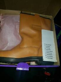 Rigger boots size 10