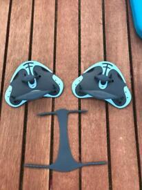 Swimming hand paddles