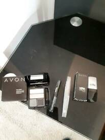 SELECTION OF BRAND NEW AVON MAKE UP ITEMS REAL BARGAIN