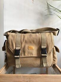 Camera Bag Canvas for DSLR / SLR / Compact Cameras