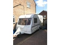 Touring caravan Coachman 460/2 VIP 2004 2 berth caravan top quality