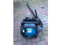 Petrol makita RBI 500 leaf blower
