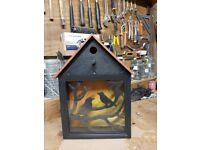 Silhouette bird box