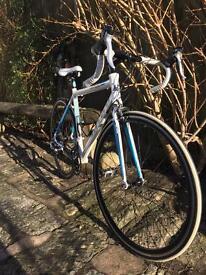 Carrera Virtuoso Road bike