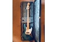 Fender jazz bass electric blue with hard case