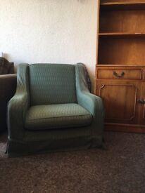 *FREE* Comfy Green Sofa Armchair