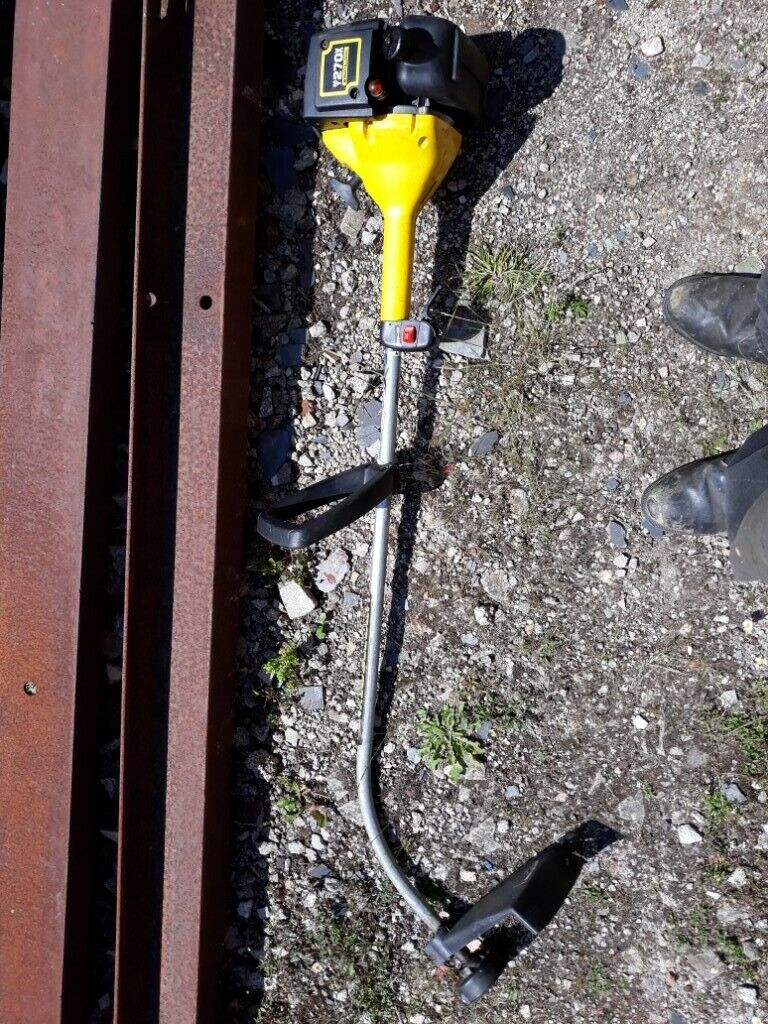 Petrol trimmer Mc culloch mt 270 x working order, spares or repair  | in  Plymouth, Devon | Gumtree