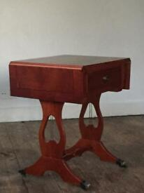 Antique inspired beautiful veneered occasional / side / soffa table