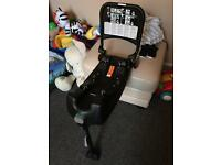 Britax Baby Safe car seat with isofix base