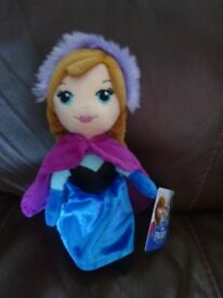 New tagged Disney Princess Frozen Anna Doll Soft Toy Only £5 ideal gift s