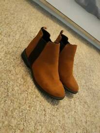 Boots - size 3 brand new