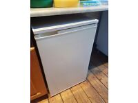 Fridge! Fully working condition.