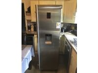 Samsung Stainless Steel Fridge no freezer led lights inside water dispenser able to deliver