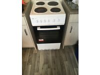 electric cooker 11 motnhs old