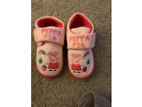 Peppa Pig slippers brand new size 6