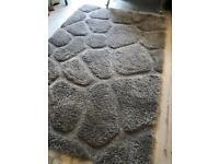 Large fluffy rug silver/grey