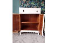 Dresser/Cupboard