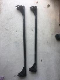 Roof bars to fit Renault Megan II 2003 to 2008