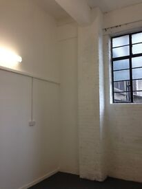 Small Creative Studios//Suitable Desk Space in 3-5 Latona Rd. SE15 6RX - Suit Artists/Designers/SMES