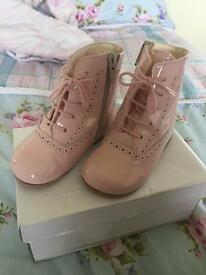 Pink patent leather girls infant Spanish boots size 6