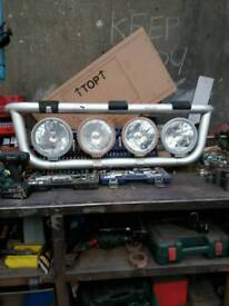 Truck trux light bar with spotlights