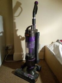vacuum VAX U90-MA-Re BAGLESS, POWERFUL AND LIGHTWEIGHT (carpets,pets,stair,hardfloor,upholsterys)