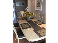 Dining table, 6 chairs & dining room unit