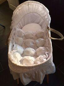 Beautiful Unisex Moses Basket