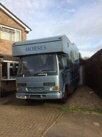 Leyland Daff horsebox, 3 stall, full living
