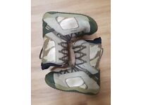 Forum Recon men's snowboard boots. Size UK 9. 5