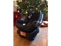 Maxi Cosi car seat with easyfix isofix for sale